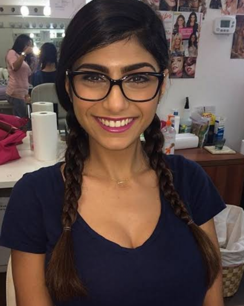 Mia khalifa on leaving porn Mia Khalifa Left Adult Films Because She Wasn T Making Enough Money Her Revelation Is Shocking About Adult Industry