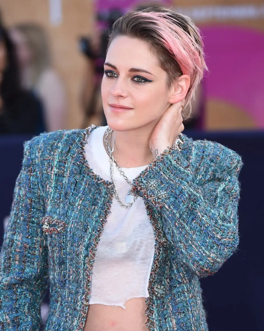 Kristen Stewart Rocks The Red Carpet In Shorts And Pink Dyed Hair At Deauville American Film