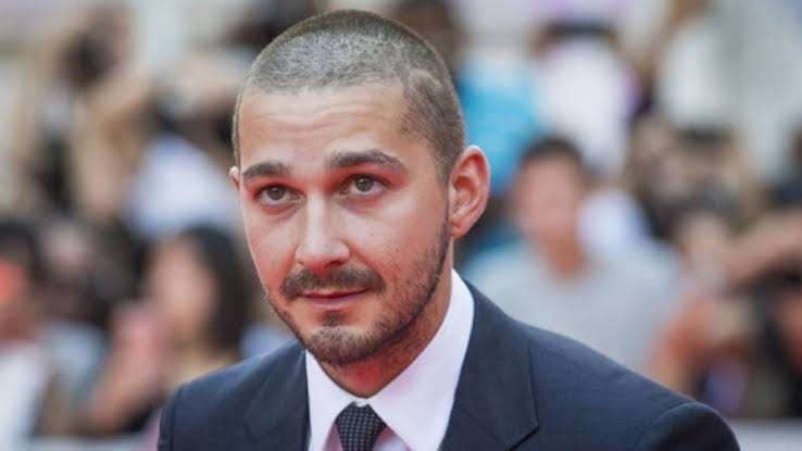 Shia LaBeouf honors his rodeo-clown dad with unusual painted necklace