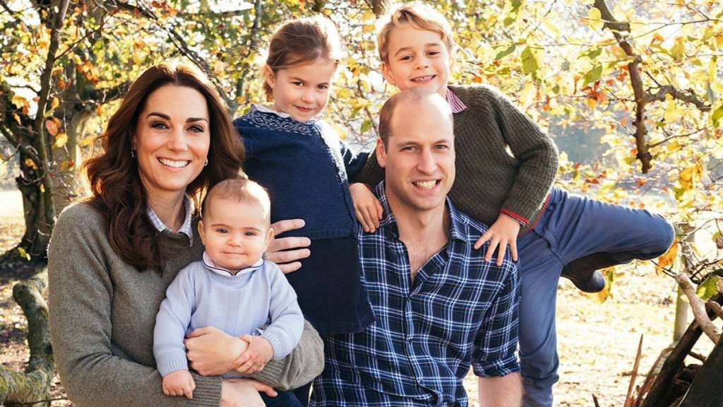Princess Charlotte & Prince George Join The Royal Family For Christmas Day Service