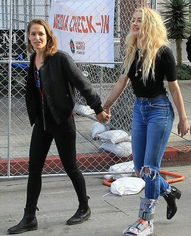 Amber Heard Spotted Holding Hands With Her Rumoured Girlfriend Has She Lost All Faith In Men
