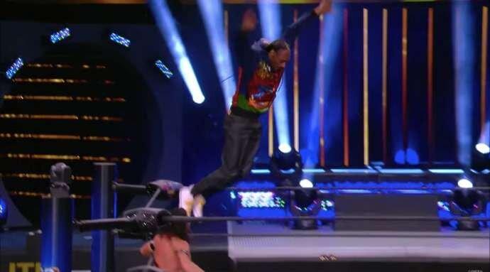 Snoop Dogg Pins Serpentico After Frog Splash on AEW Dynamite!!!