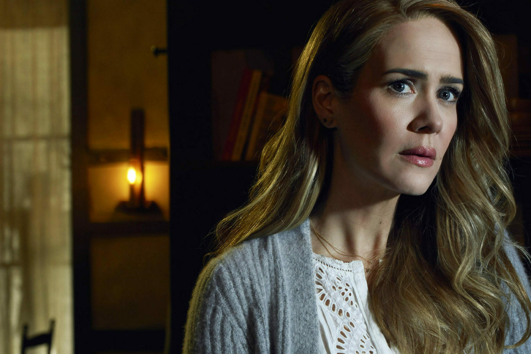 American Horror Story: Sarah Paulson Teases About Her New Role in Season 10!!! She 'has some issues'!!!