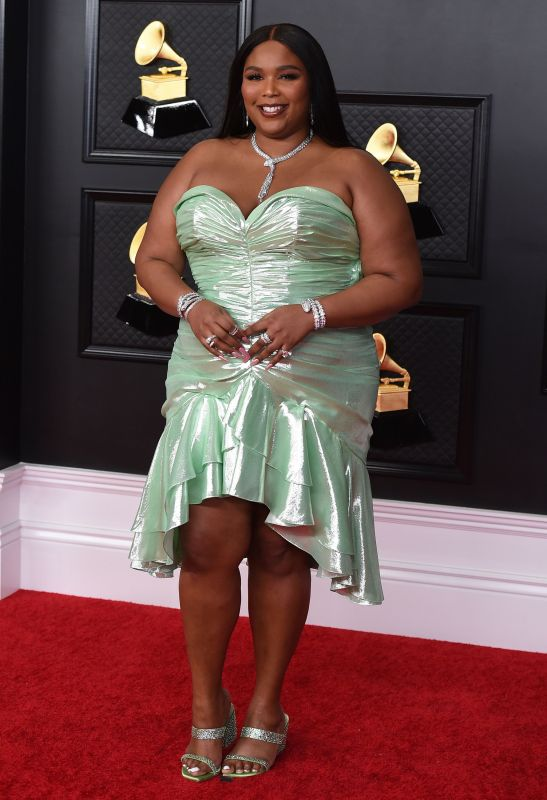FASHION HITS AND MISSES FROM THE 2021 GRAMMY AWARDS!!!