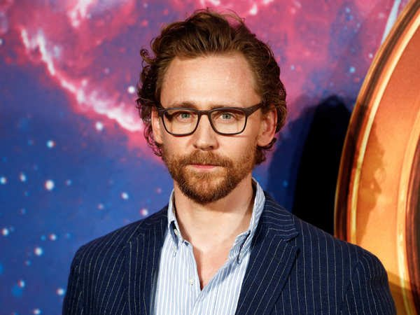 Tom Hiddleston to star in series adaptation of Apple's 'The Essex Serpent'!!!