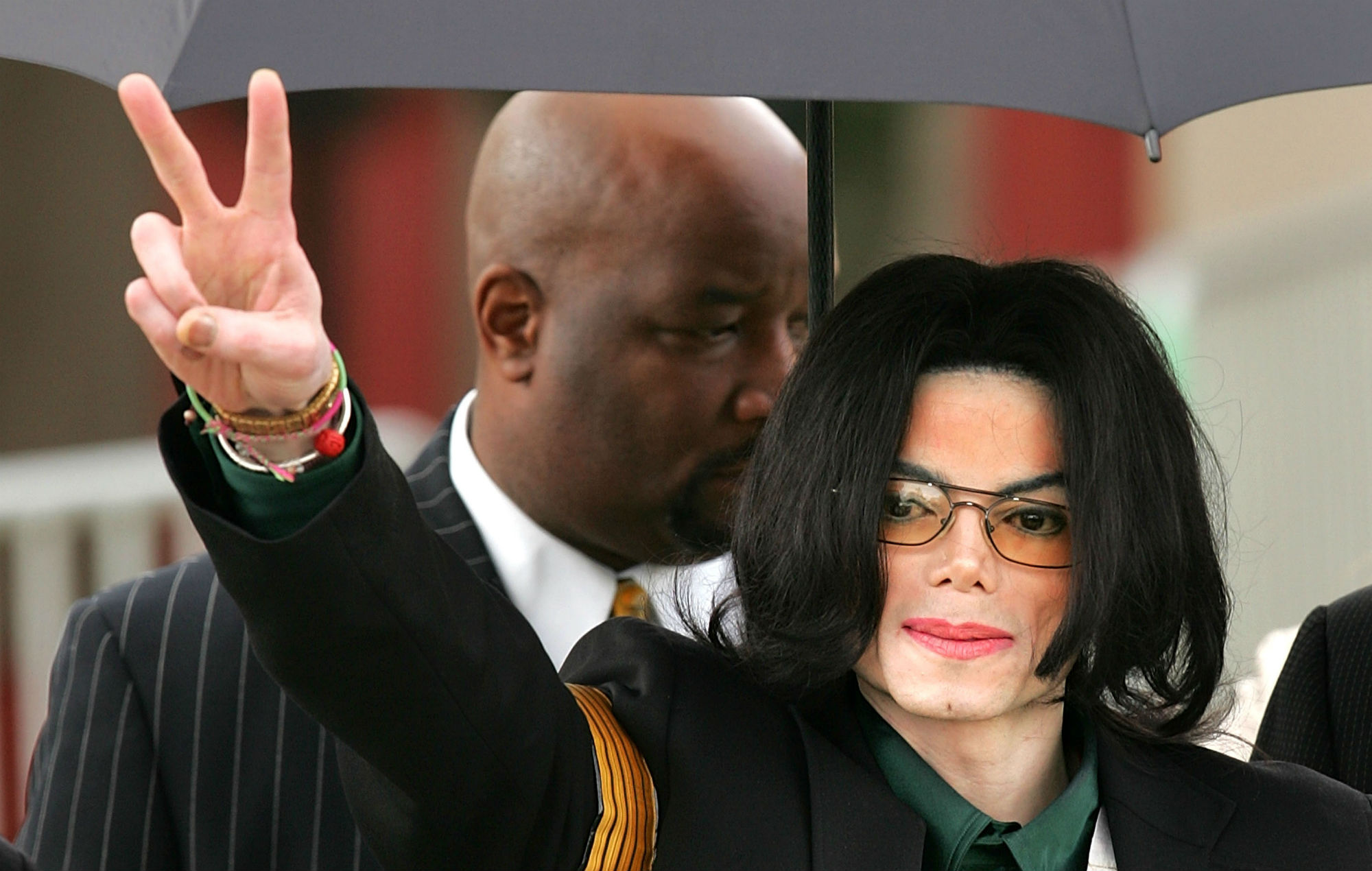 Michael Jackson's home gets Wade Robson misuse claim tossed out of court!!