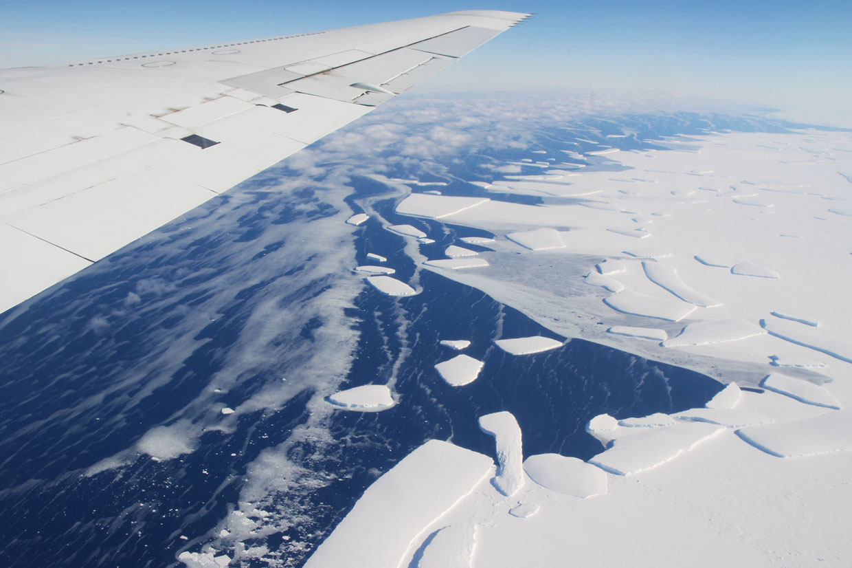 Global warming could lead to the melting of more than 1/3rd of Antarctic ice shelves
