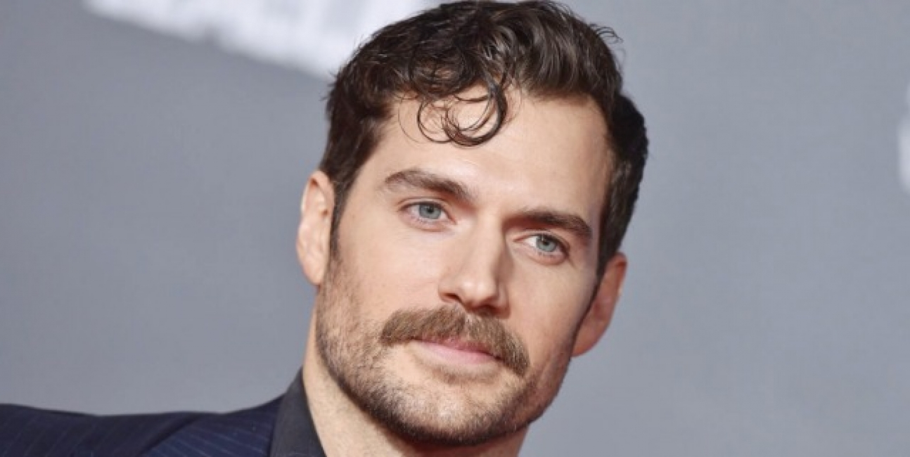 Henry Cavill Reportedly Fighting Chris Hemsworth For 'He-Man' Role!!! Who will win???