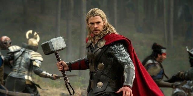 Chris Hemsworth's Bulging Arms but Super Skinny Legs has Social Media talking!!!