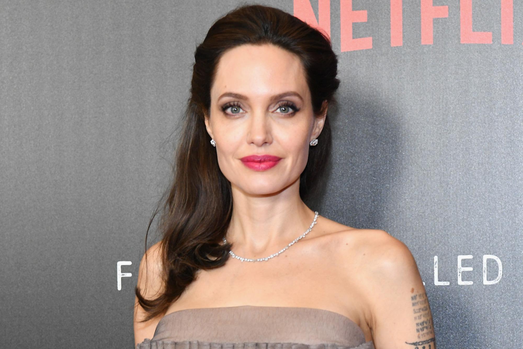 Angelina Jolie Instagram debut